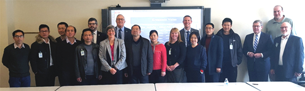 Visitors from China meet with MnDOT staff.